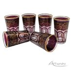 vasos de té arabes